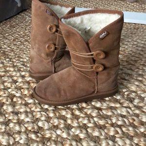 Emu wool boots size 8